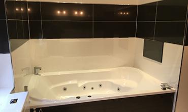 http://donnellyuk.com/wordpress/wp-content/uploads/2016/01/Services-Bathroom.jpg